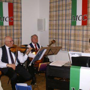 """Das Trio """"Melange"""" lieferte den musikalischen Rahmen"""