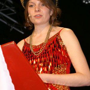 Überraschungsgast Emmi Zeulner in der Bütt'