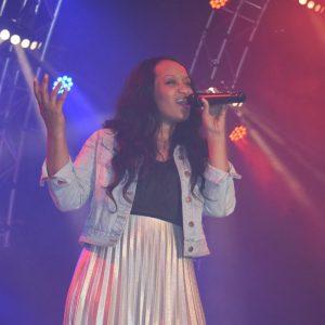 """Die Sängerin """"Adiama"""" als Stargast im Showteil nach Mitternacht"""